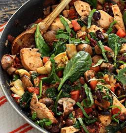 Whole 30 Mediterranean Chicken Dish