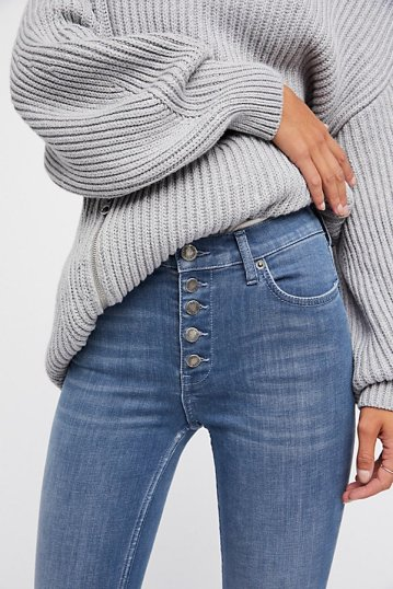 https://www.freepeople.com/shop/reagan-button-front-jean/?category=jeans&color=044&quantity=1&type=REGULAR