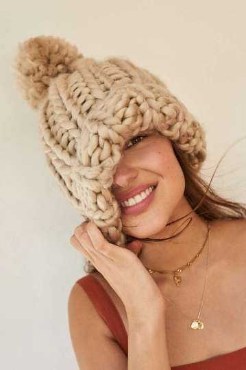 https://www.urbanoutfitters.com/shop/chunky-knit-pompom-beanie?category=SEARCHRESULTS&color=022