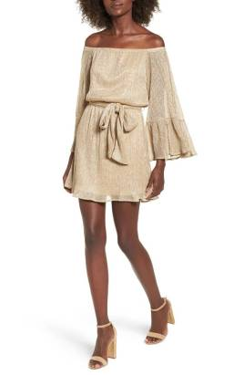 https://shop.nordstrom.com/s/metallic-flare-sleeve-off-the-shoulder-dress/4788816?origin=topnav&cm_sp=Top%20Navigation-_-Women-_-Dresses&offset=11&top=72&price=%27%2450-%24100~~40%27